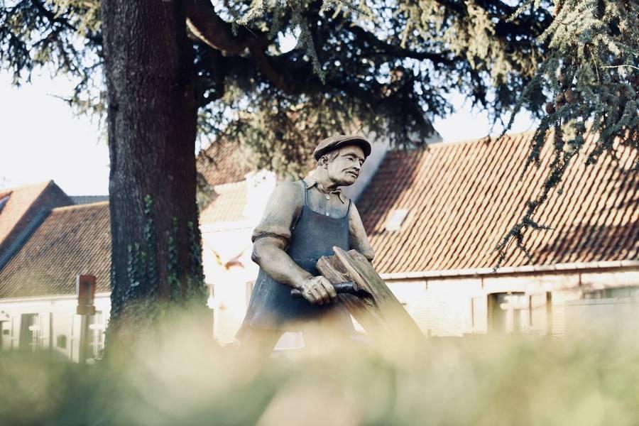 Lattenkliever beeld van Sint-Joris, Actuali.be